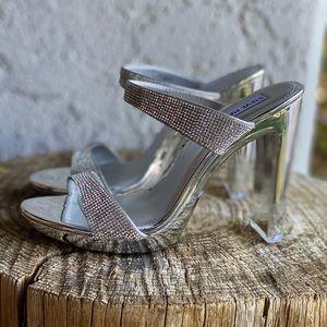 Steve Madden Women's Glassy Heeled Sandal Sz 8